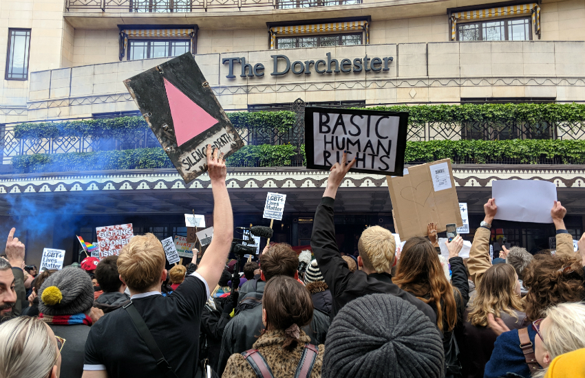 Demonstrators storm barricades at Brunei-owned The Dorchester Hotel protest, Gay Star, 6 April 2019